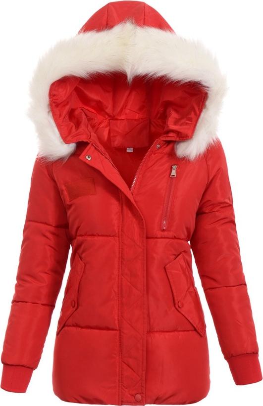 Tania kurtka zimowa damska z kapturem to ciepła i wygodna propozycja na mroźne dni