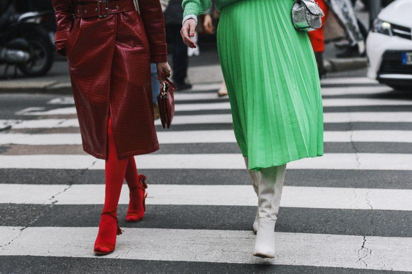 Plisowana spódnica damska w codziennych stylizacjach