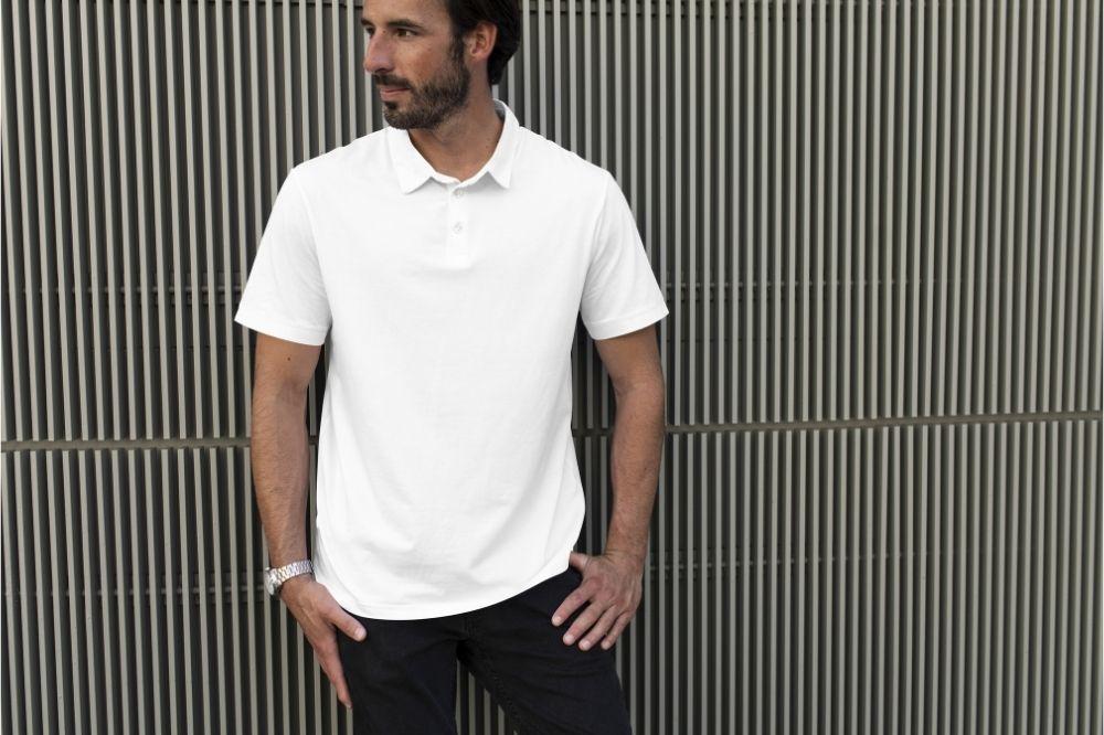 Koszulki polo w białym wydaniu to ponadczasowa propozycja dla stylowych mężczyzn