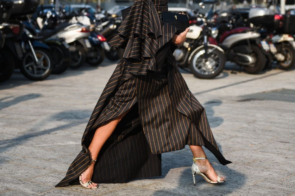 Sukienki z falbankami to ponadczasowy hit każdej wiosny i lata