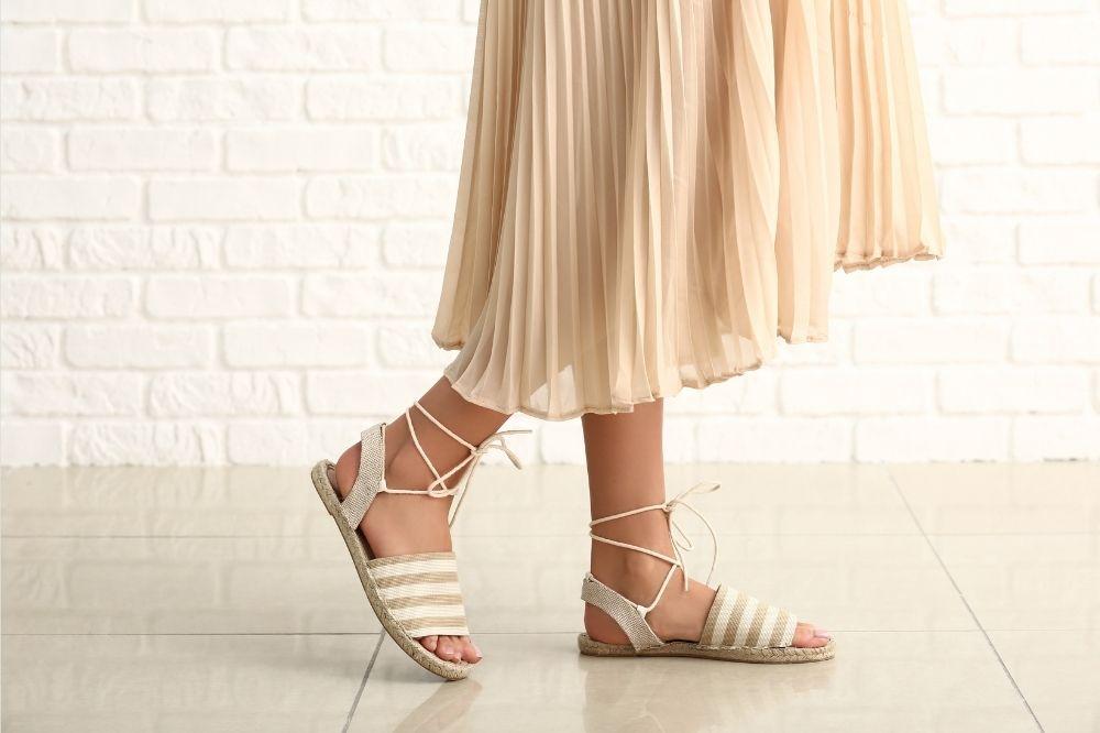 Jakie wygodne sandały damskie będą strzałem w dziesiątkę?