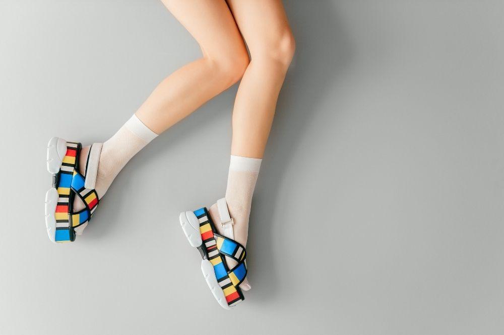 Jakie wygodne sandały damskie będą modnym i ultrakomfortowym wyborem?