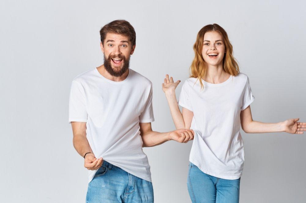 białe bluzki dla par w wersji oversize