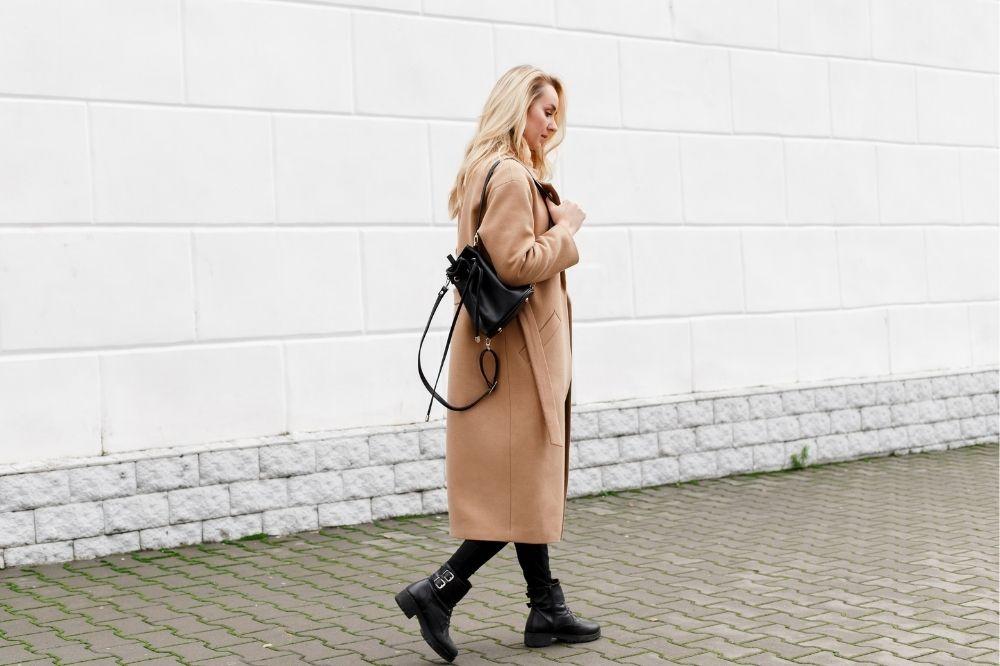Tanie plecaki worki to połączenie stylu i wygody