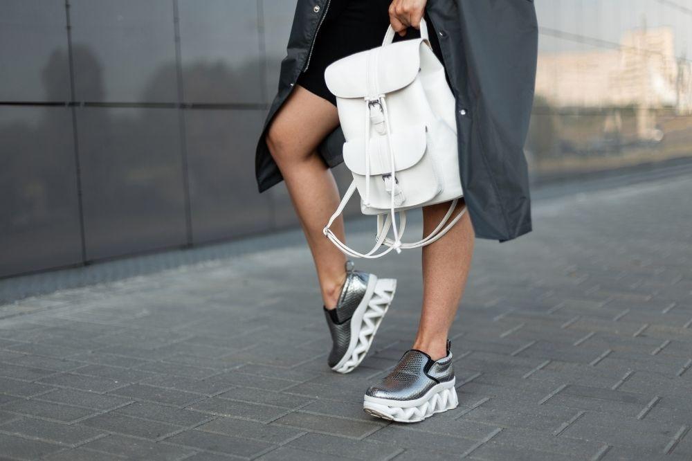 modne plecaki młodzieżowe ze skóry to połączenie stylu i elegancji