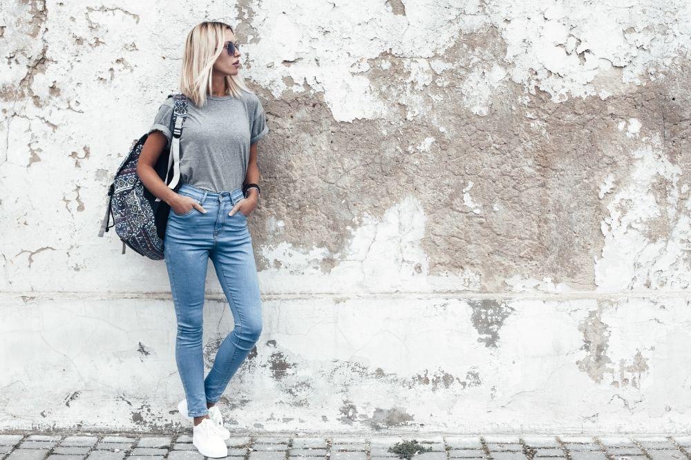 Tanie plecaki w stylu sportowym to idealny wybór do szkoły, na co dzień i na wypady za miasto