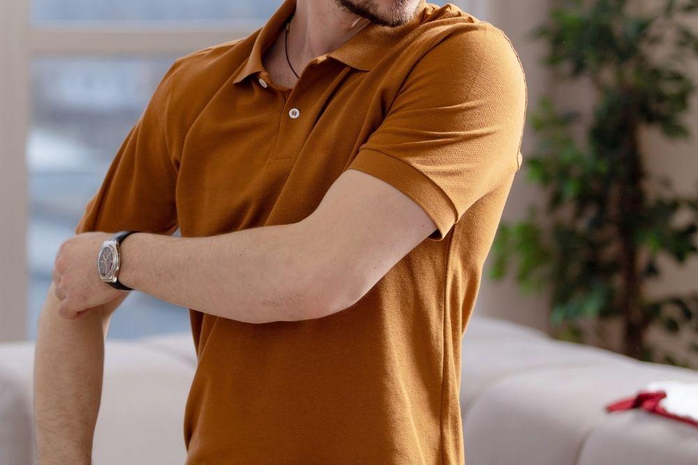 moda męska jesień-zima 2021/2022: na topie będą koszulki polo!