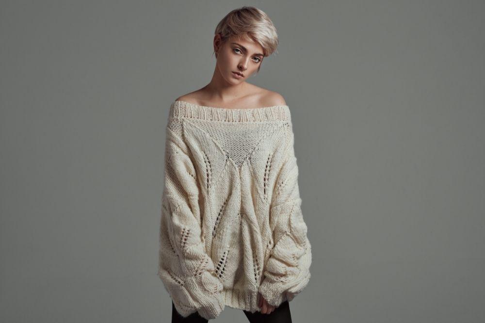 Jak dobrać sweter do typu sylwetki? Klepsydra